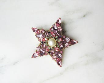Vintage Crown Trifari Signed Rhinestone Star Brooch