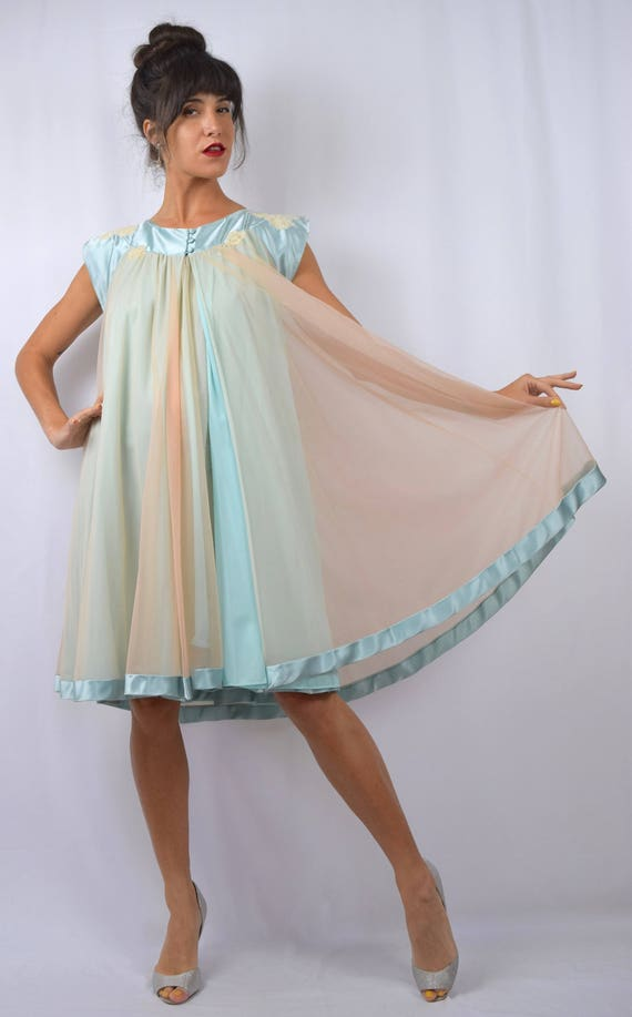 Vintage 50s 60s Cotton Candy Dreams Peach and Baby Blue 2-Piece Nightgown and Robe Peignoir Set