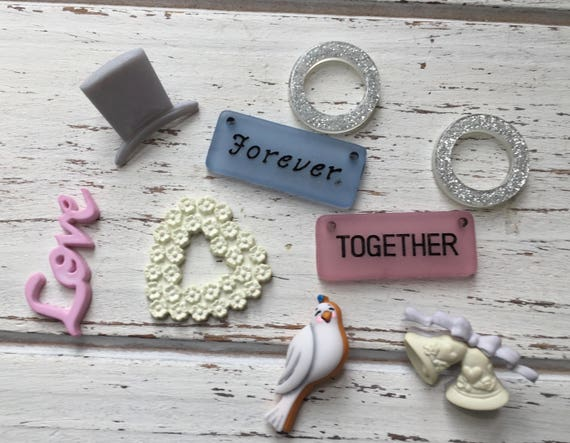 """Wedding Buttons, Packaged Novelty Buttons and Embellishments by Buttons Galore """"Bride and Groom"""" Style 4420, Sewing, Crafting"""