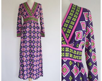 70s Dress / 1970s Dress / Vintage Dress / 70s Maxi Dress / Boho Dress / Boho Maxi Dress / Neon Maxi Dress / Long Sleeve Dress / Size Small