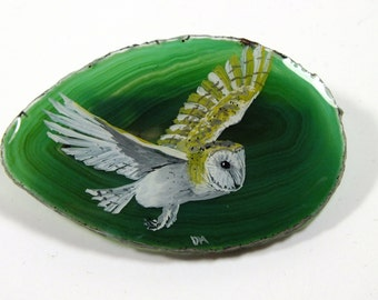 Hand Painted Barn Owl Agate Brooch