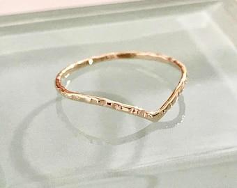 10k chevron ring, 10k v ring,10k wedding ring,10k stack ring,10k thumb ring,10k knuckle ring,10k gold ring,10k band ring,10k engagement ring