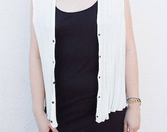 pleated snap front tank vest