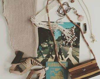 Wooden Purse // Vintage Wood Purse Handbag Shoulder Bag // Wood Bead Strap // Hippie