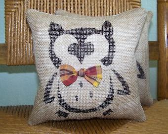 Owl pillow, Halloween pillow, Fall pillow, burlap pillow, stenciled pillow, Halloween decor, Fall decor, FREE SHIPPING!