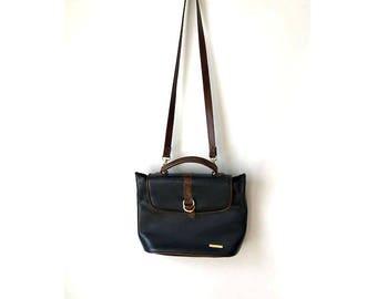 Vintage Black Leather Purse 1980s liz claiborne bag shoulder bag Navy Nautical BOHO bag large purse hipster bag