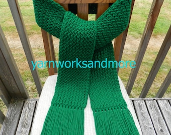 Knit Scarf, Green Scarf, Winter Scarf, Kelly Green Knit Scarf, Loom Knit Scarf, Warm Scarf, Handmade Scarf, Fringed Scarf