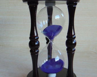 Vintage wooden hourglass,  Brown wooden hourglass  with purple sand, Collectible hourglass sand glass, vintage sandglass timer