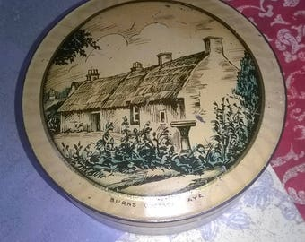 McVitie & Price's miniature free sample shortbread biscuit tin with picture of  Burns Cottage, Ayr