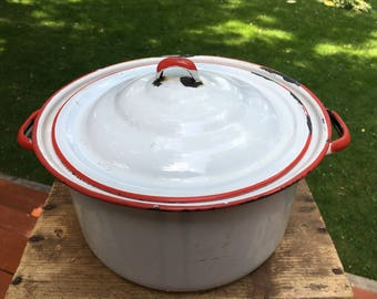 Enamelware Stockpot Pan with Lid and Handle Red Enamel Ware Vintage Cookery Retro Kitchen Rustic Farmhouse Decor