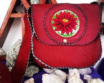 Leather bag with handmade embroidery