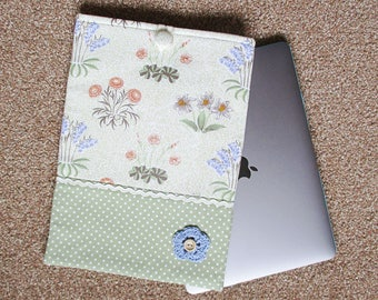 Handmade macbook cover, macbook case, macbook pro case, macbook skin, macbook air case, macbook pro, macbook sleeve, William Morris, green