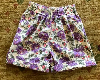 VTG 90s Floral Print High Waisted Shorts