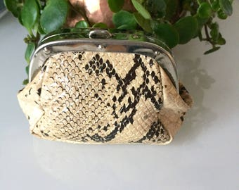 Vintage/coin pouch/change purse/glam/boho/rock n roll/rock chic/vegan leather