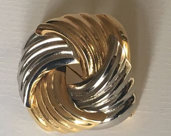 Modernist Style Vintage Square Swirl Brooch Gold and Silver Tone/1980s/Two Toned Brooch