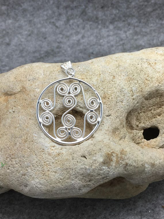 Sterling Silver Handcrafted Freeform Swirl Pendant Necklace, Hallmarked.