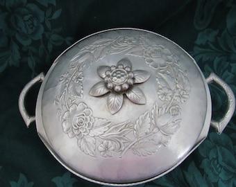 Vintage EverLast Aluminum Casserole Dish, Floral Design