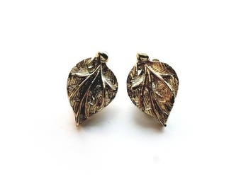 Vintage Coro Signed Gold Leaves Clip On Earrings