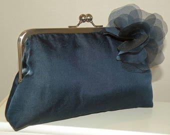 Silk Organza/Dupioni Clutch/Purse/Bag..Pull Thru Wrap/Shawl/Hands Free style..Bridal/Wedding..Evening/Silver/Navy/Black/Ivory Silk Organza