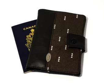 ANTI RFID protection | Passport holder | Passport cover for travel | 2 passports + card | mappemonde | grey triangle