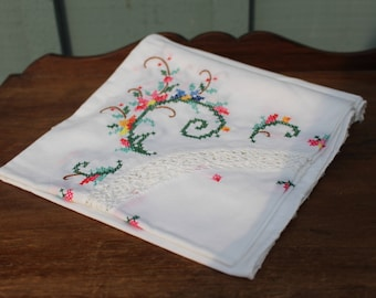 Vintage Cross Stitch Embroidered  Scalloped Square Table Cloth 32 Inches x 32 Inches