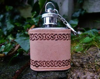 Hand Engraved Celtic Design 1oz Miniature Leather Hip Flask Keyring **Personalised**