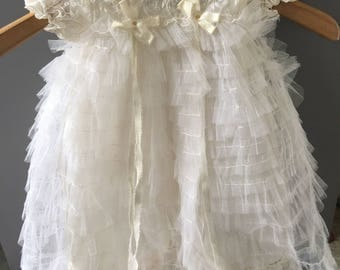 Gorgeous baby girl Christening dress / holiday photo shoot gown 3/6/9 months vintage 1940's tulle embroidered  flowers / slip