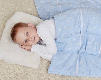 Weighted Blanket for kids (110x140 cm, 5 kilo). Adjustable weight. Weighted Blankets for Child.
