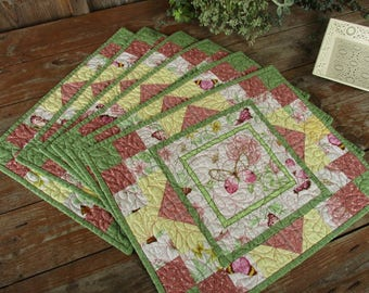 Six Unique Quilted Butterfly Placemats, Floral Summer Kitchen Table Mats Feminine Mom Birthday Gift, Butterfly Table Mats, Dining Table Mats