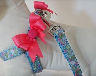 Step-in Dog Harness and (optional) Leash-Sea Creature Dog Harness -Girl Dog Harness with Pink  Bows-Dog Collar Alternative-Sand Dollars