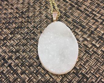 Long Quartz pendant necklace