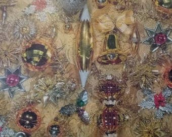 Vintage Christmas Wrapping Paper  ~ scrap booking paper ~ decoupage paper ~ decorative paper ~ Golden Ornaments  design