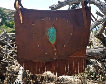 FREE SHIPPING!!! Leather cross body bag, boho,hippie,chic,ethnic,gypsy,cowboy,bolso de piel,cuero flecos,étnico,fringe