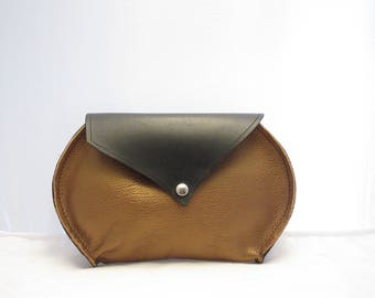 Leather Belt pouch.