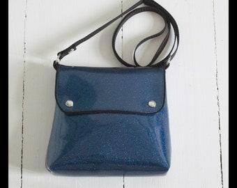 Little bag, shiny blue