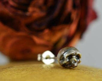READY TO SHIP - Hand Carved Pearl Skull Stud Earring - Single Earring - Single Sterling Silver Stud Earring - Skull Earring - Skull Jewelry