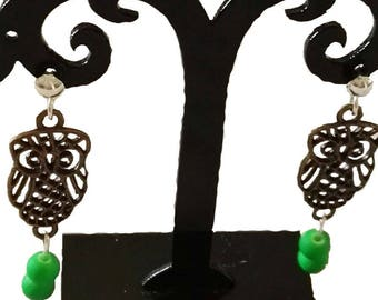 OWL earrings neon green beads