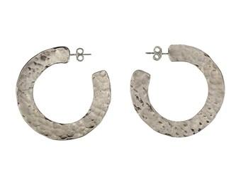 Sterling silver hammered hoops, large earring, big studs, open earring, plain hoop, stud earring, modern hoop, minimal jewelry, plain loop
