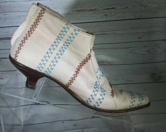 Mere Italian Handmade Boot bootie womens size US 6 pointy toe kitten heel One of a kind!!