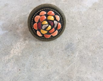 RING round mosaic coral - old bronze brass