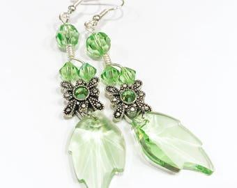 green crystal earrings, green leaf earrings, crystal jewelry, long earrings, drop earrings, silver earrings, green earrings, peridot earring