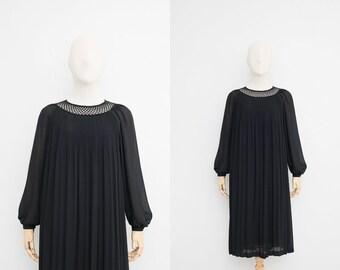 Vintage 70s Dress   Japanese Vintage Dress   Black Dress   Minimalistic Dress   Oversized Tent Dress   Party Dress    Dinner Dress With Lace