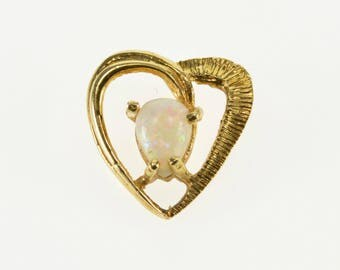 14k Pear Opal* Grooved Textured Heart Pendant Gold