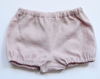 Handmade baby girl dusky pink bloomers. Washed linen bloomers. Baby girl bloomers. Nappy cover. Diaper cover. Baby bloomers. Bubble shorts.