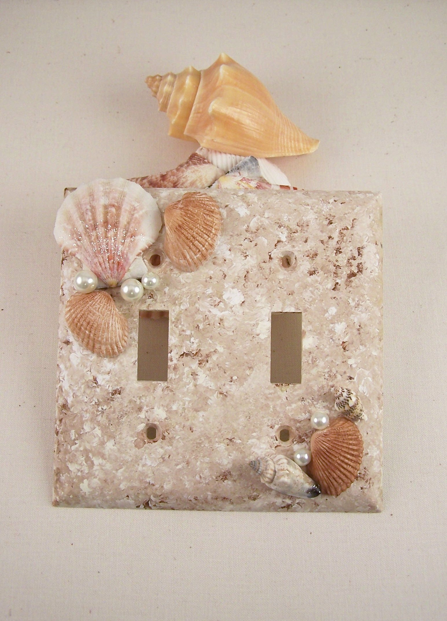 Seashell double light switch plate cover brown distress for Seashell bedroom decor