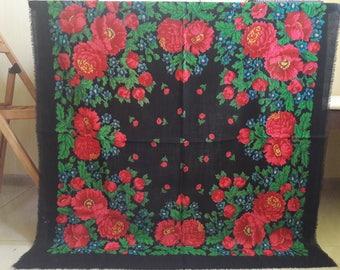 Russian floral wool shawl, Russian babushka scarf, chale russe, Slavic scarf, folk russian scarf, large black russian scarf, wool shawl