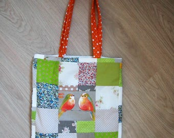Tote bag with patchwork birds theme