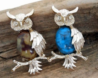 Gerry's Owl Brooches, Set of 2, Designer Signed, Gold Setting, Turquoise, Brown and Tan
