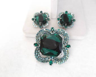 Vintage Blue/Green AB rhinestone Brooch and clip earrings set