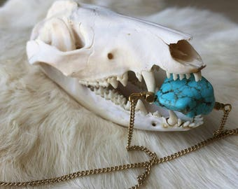 Turquoise Howlite Gold Chain Necklace